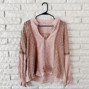 Gimmicks from Buckle Boho Pullover Blouse